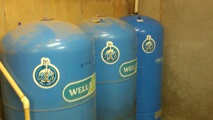 water well pump storage tank raleigh